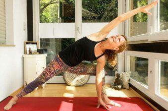 Yoga mit ätherischen Ölen – Rising up with Yoga and Oils
